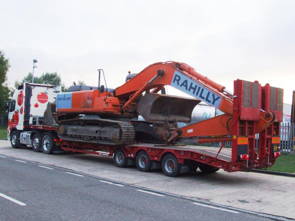 Tomato Plant | Plant Division, 3 Axle Arctic to 35T | Iver, Buckinghamshire & London large 10