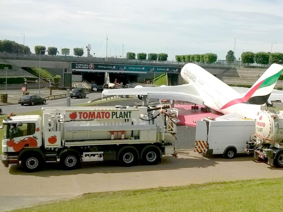Tomato Plant | Tanker Division, 2000 gallon 4 axle recycler | Iver, Buckinghamshire & London large 2