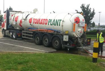 Tomato Plant | Tanker Division, Articulated | Iver, Buckinghamshire & London image 3